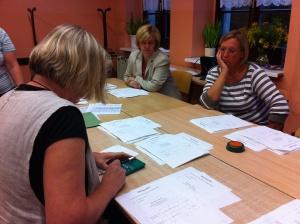 Stimmenauszählung in der Oberschule (Wahllokal 3)